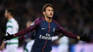 Neymar ya está en su casa en Brasil donde comenzará sus rehabilitaciones