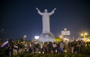 Nicaragüenses protagonizaron una caminata para pedir justicia por los muertos caídos en manifestaciones