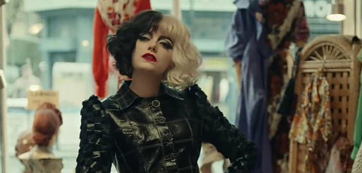 Emma Stone en la película Cruella