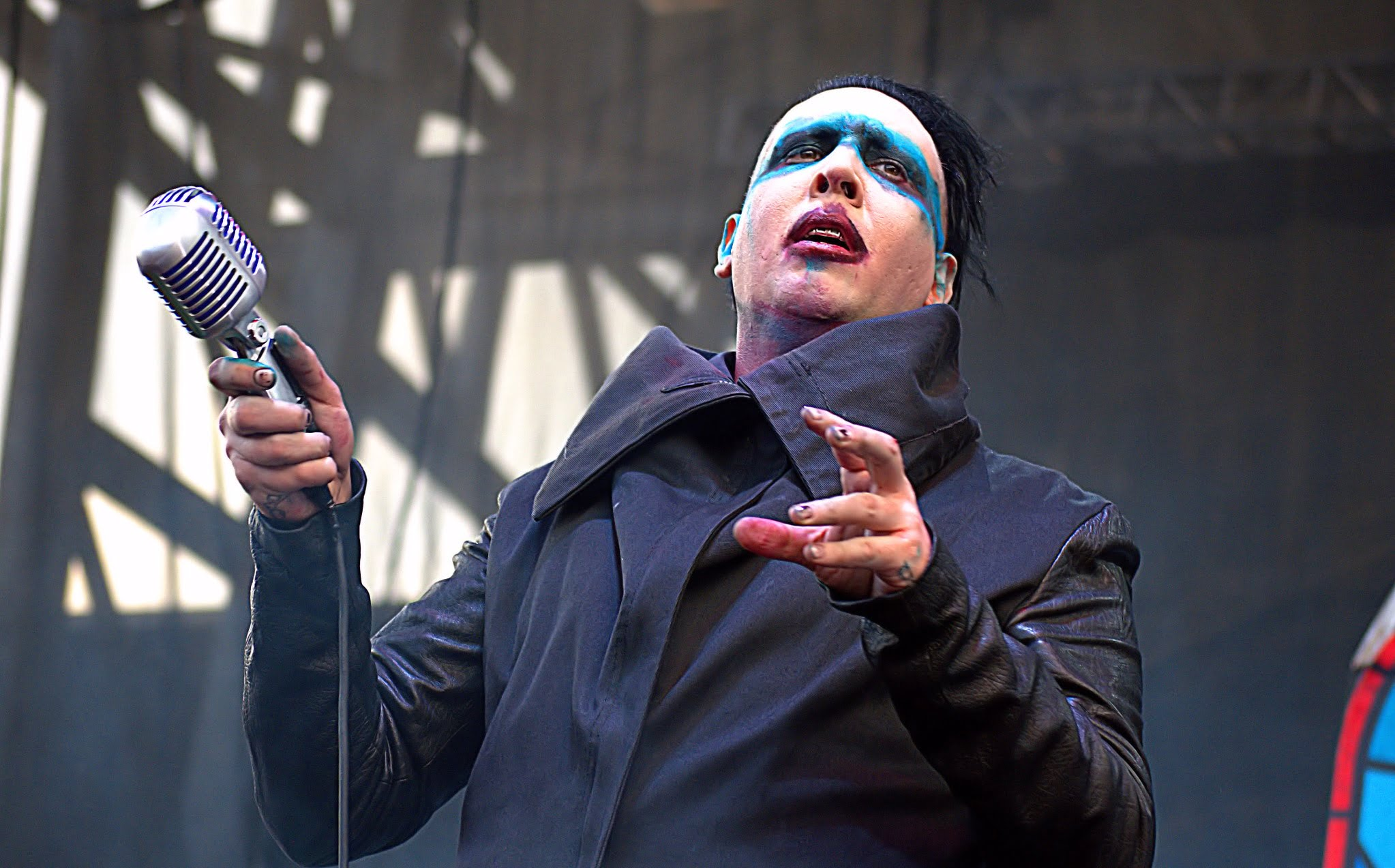 Marilyn Manson en un concierto en directo