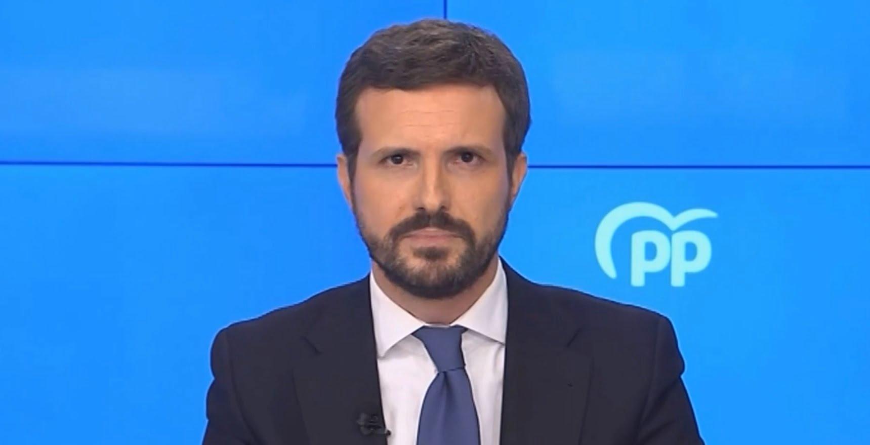 Pablo Casado en el discurso emitido a los medios para informar del cambio de sede