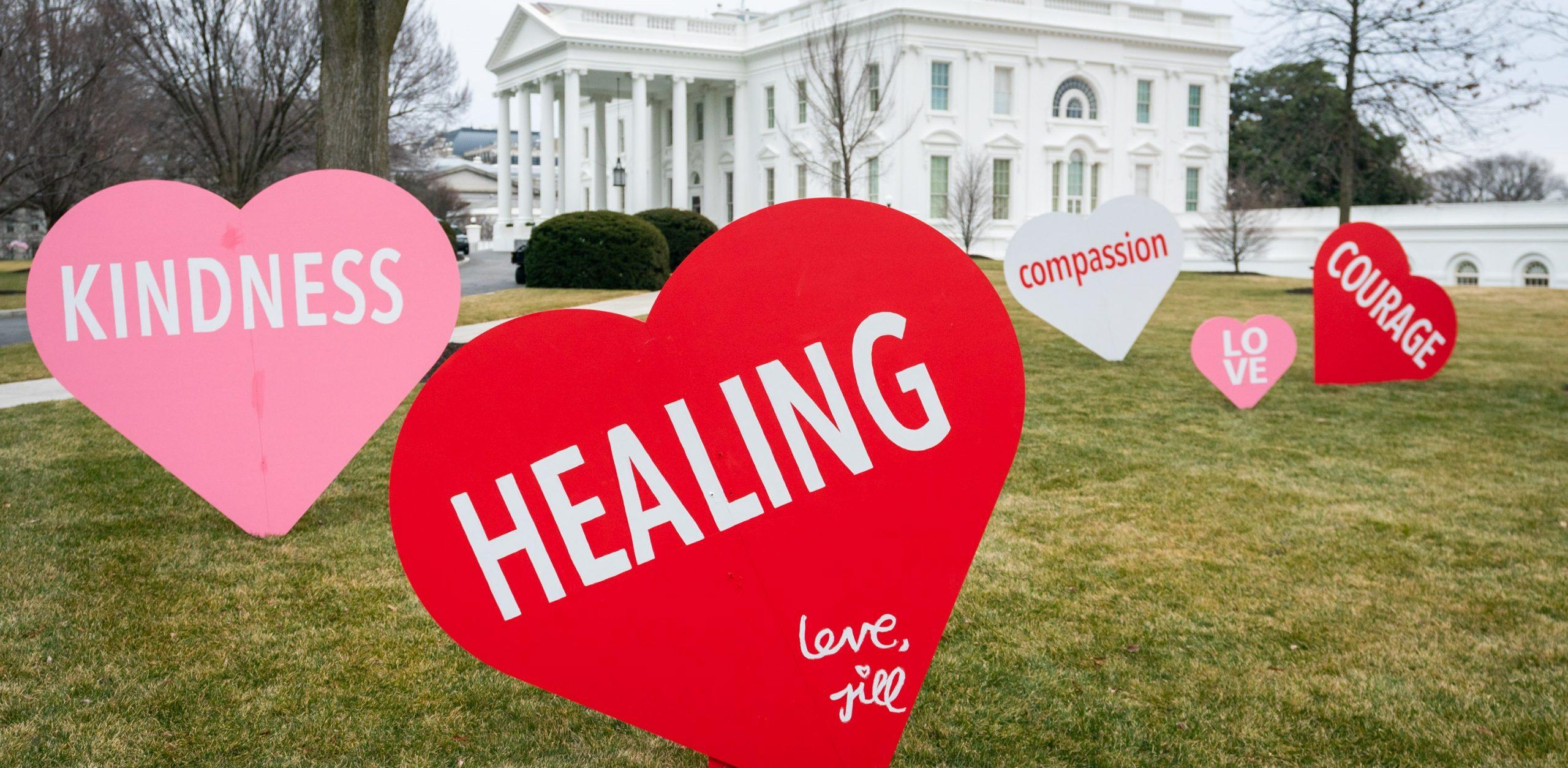 Decoración de la Casa Blanca por el día de San Valentín